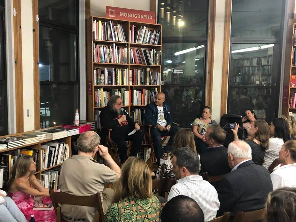 Gary-Lippman-Strand-Bookstore-Reading-25-Oct-2019-16